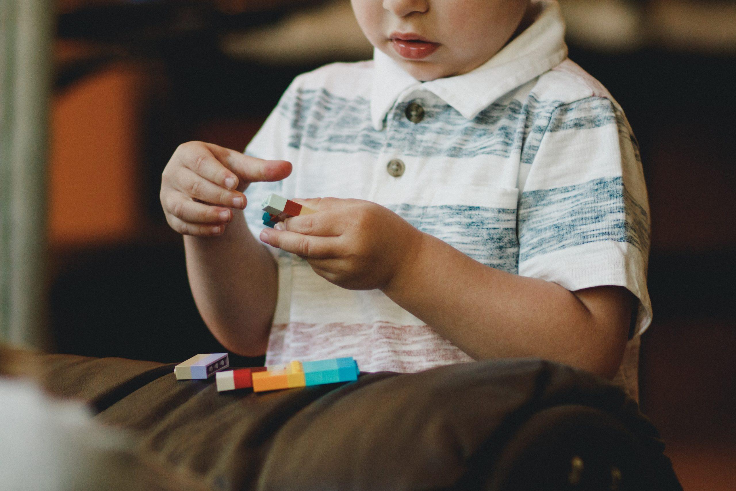 cara terapi anak autis di rumah